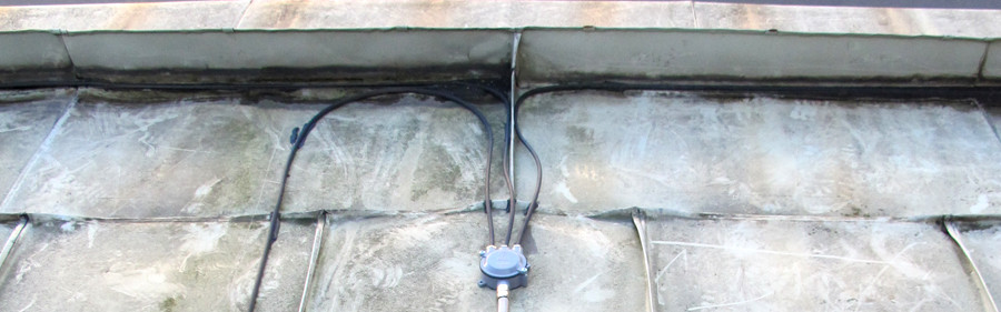 Kopplingsdosa med skyddsslang.